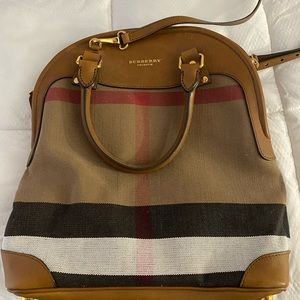 Burberry, The Bloomsbury bag